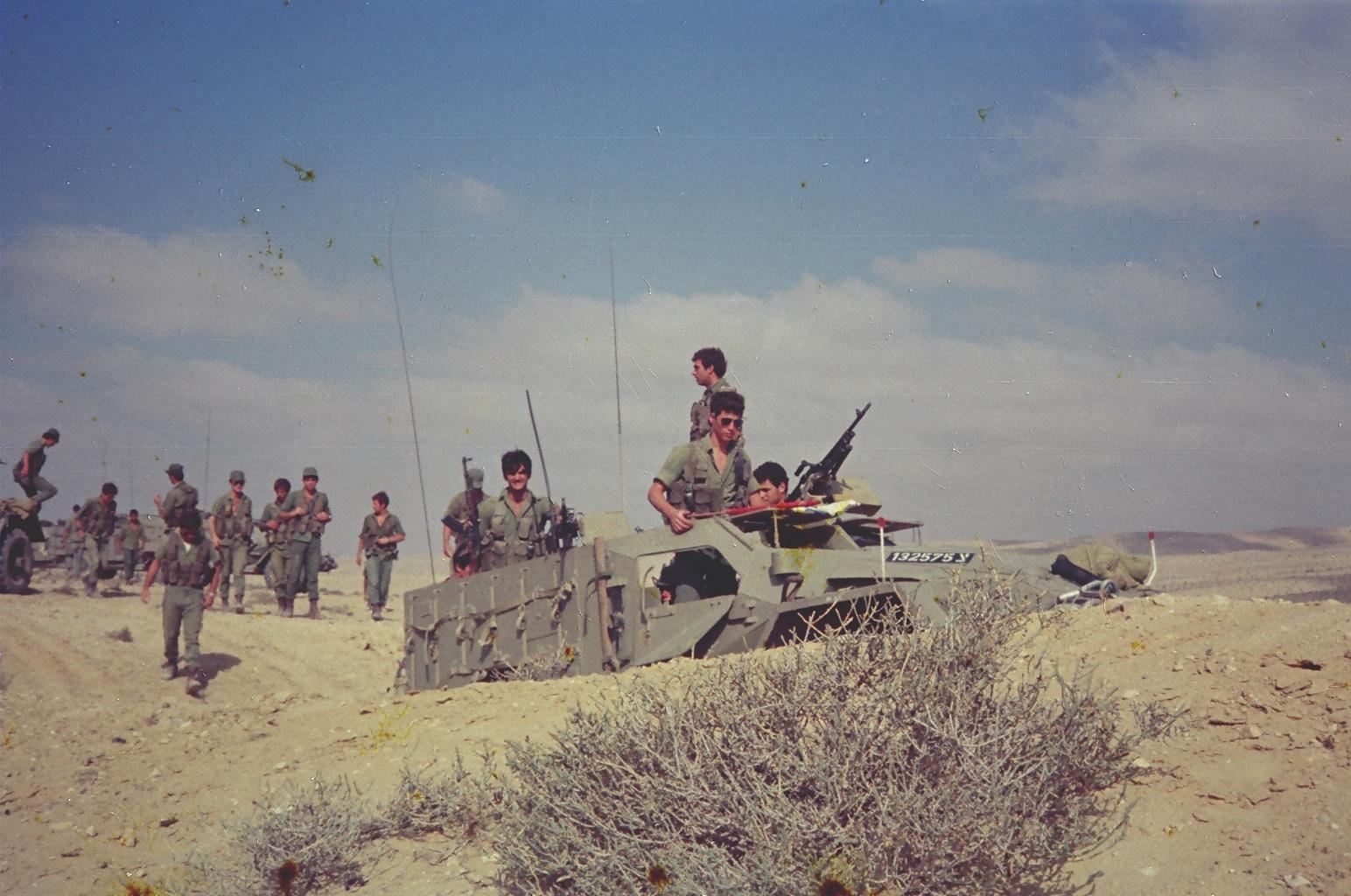 BTR-40, Trumpeter, Ref.05517, 1/35ème 81367959
