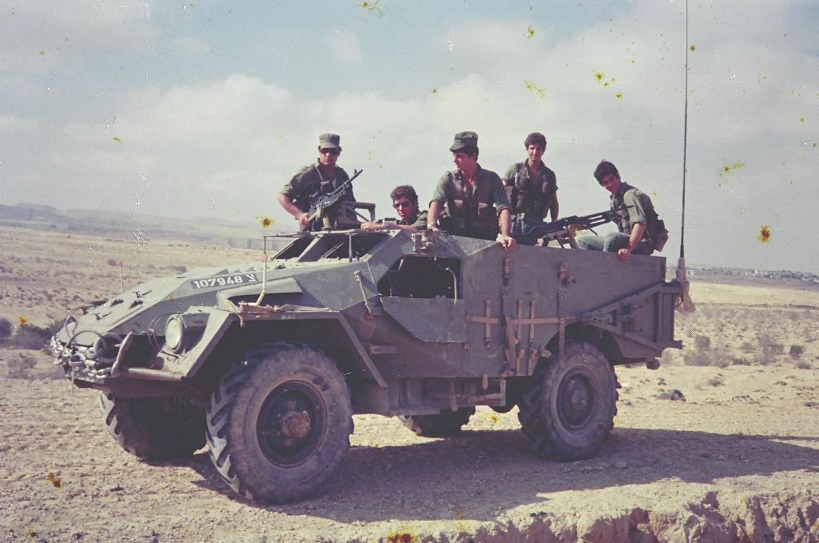 BTR-40, Trumpeter, Ref.05517, 1/35ème 94681819